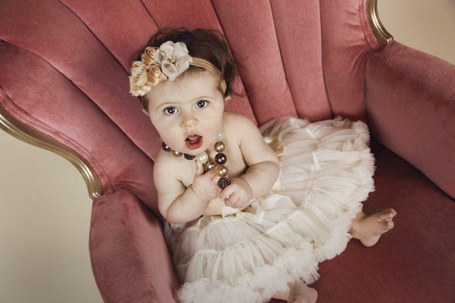 dziewczęca sukienka z tiulem