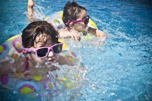 Nauka pływania dla dzieci i niemowląt