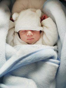 kombinezon niemowlęcy