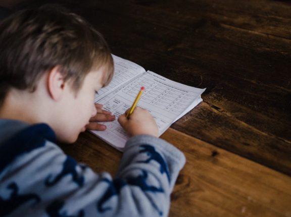 Zadanie domowe z fizyki