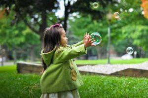 jak ubrać dziecko jesienią